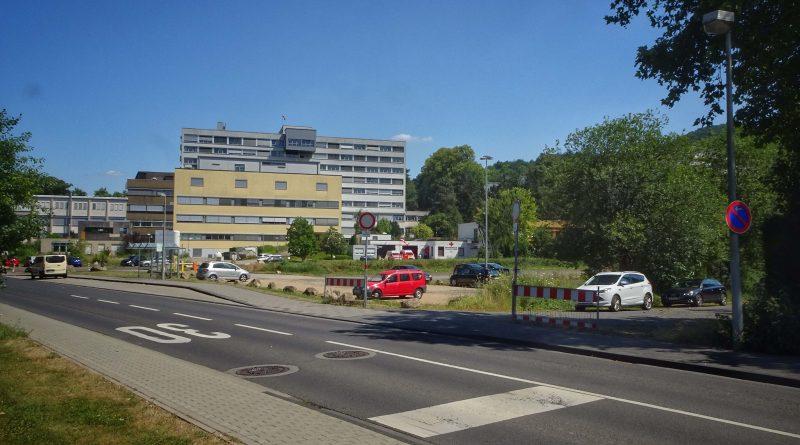 27 Parkplatz Krankenhaus © Michael Lentz Ahrtalwanderm 2018-07-07