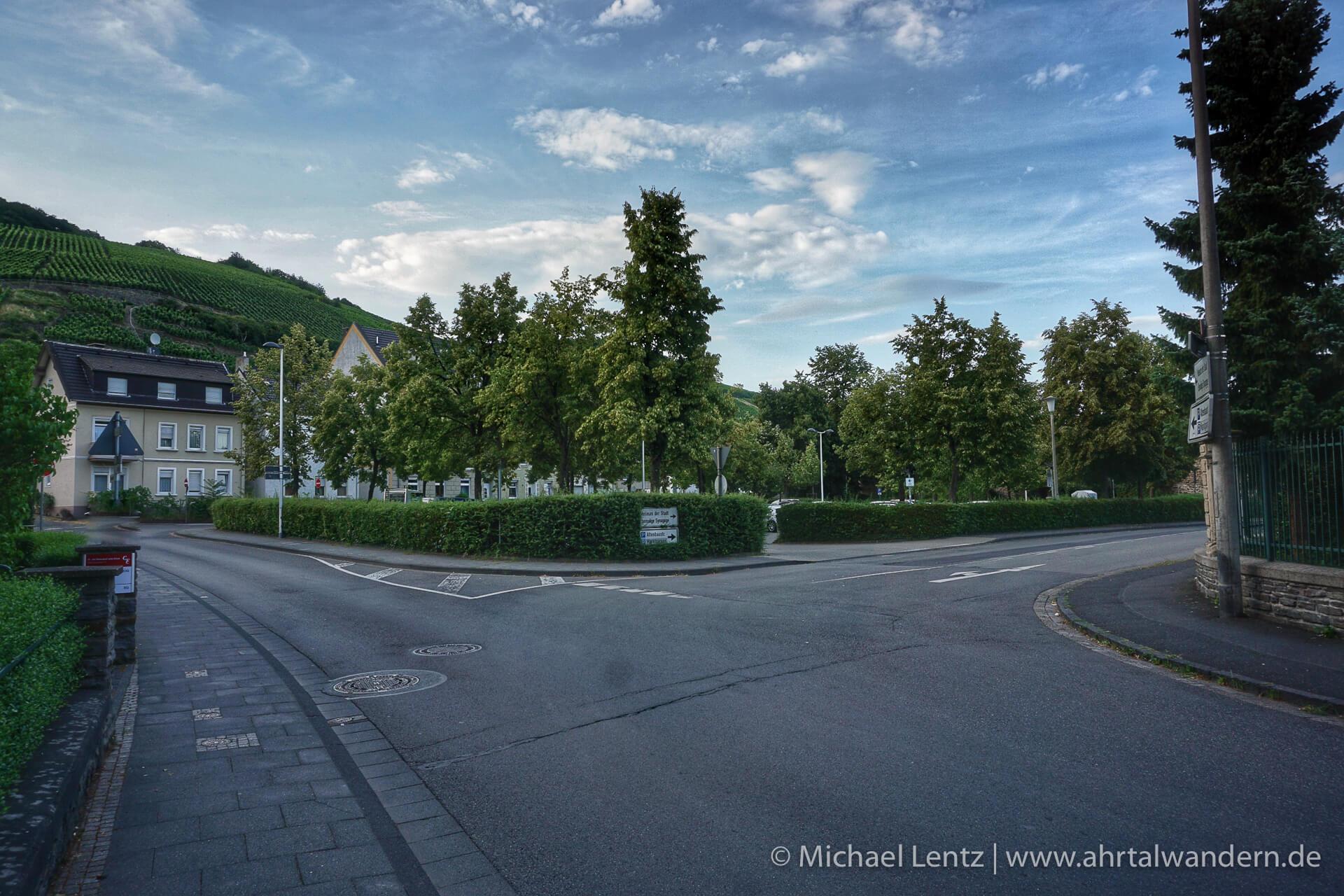 44 Parkplatz Alveradis Strasse